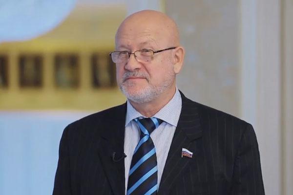 сенатор Андрей Соболев